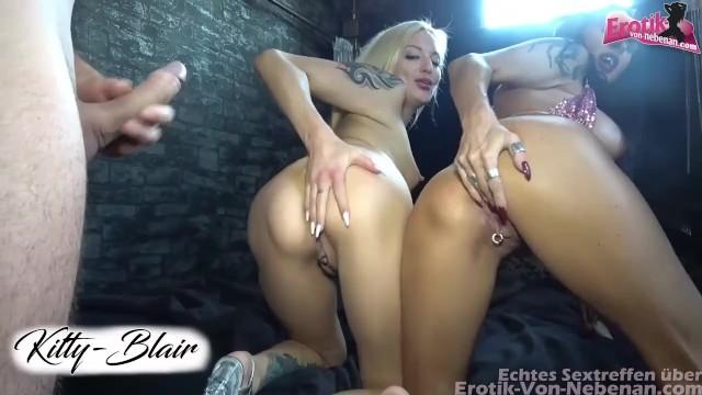 Blondine Milf Große Titten Gang Bang