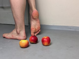 Smooth twink soles apples...