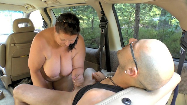 Große Milf Auto Pick Titten Up German chubby