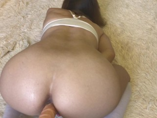 Bad Girl With Big Booty Loves To Cum With Moaning From Big Cock