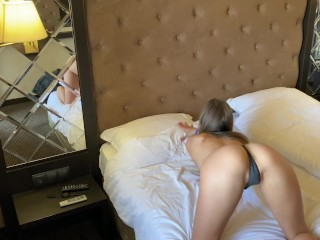 Luxury escort gives me a nice ride in hotel room and second cum