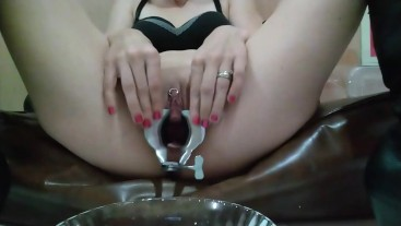 Female sounding and piss with Crazy Straw
