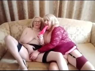 CATH & ANNA - a Thursday dildo twosome