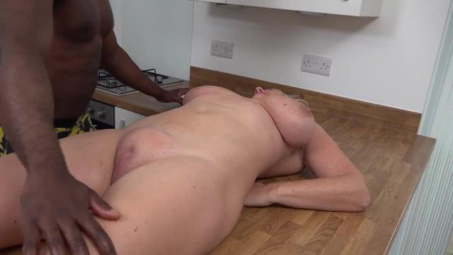 Big Tits;MILF;Pornstar;Squirt;Massage;British;Verified Models orgasm, squirting, big-boobs, squirt, fingering, squirting-orgasm, milf-squirt, big-tits, big-natural-tits, big-tit-milf, milf, british-milf