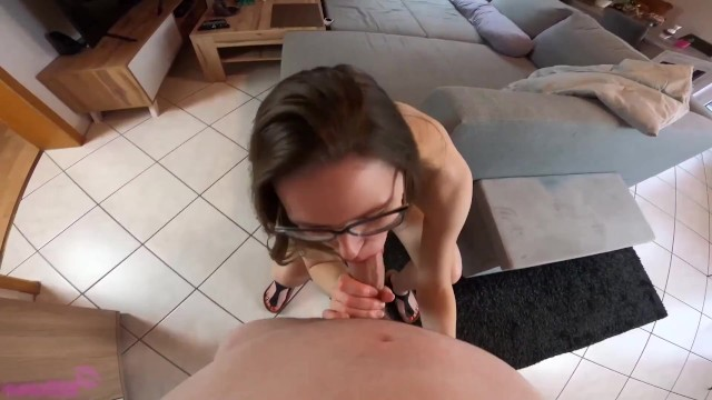 German Teen Gives Blowjob With Red Painted Toenails And Foot Jewellery 10
