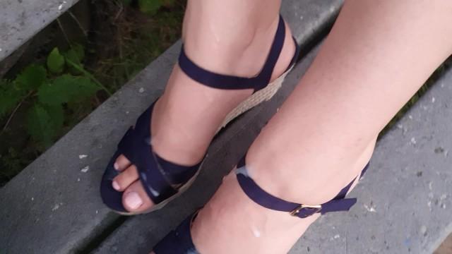 Outdoor Wegdes High Heelsjob 10