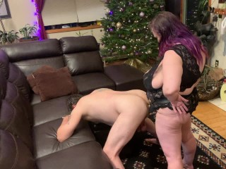 Watching hubby work cock into ass...