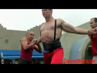 Bodybuilder strength demonstration at venice beach...