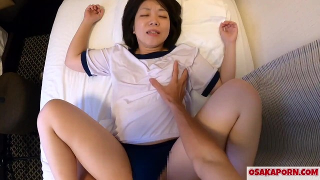 Amateur cute Japanese enjoys sex of cowgirl and doggy before shower. Yuki 8 OSAKAPORN