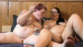 Christmas video 11 - fat lesbians smoke in bed