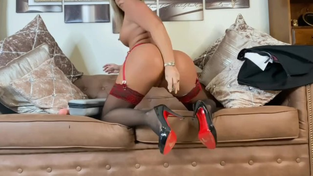Big Ass;Big Tits;Masturbation;Toys;Pornstar;Squirt;Double Penetration;Exclusive;Verified Models;Solo Female;Female Orgasm blonde, butt-plig, stockings-suspenders, high-heels, red-soles, british, asian, big-toys, dildo-fucking, dildo, large-dildo, natural, tits
