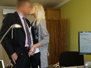 VIP4K. Das zarte Engelsgesicht wird mit Hardcore-Action gegen Geld verwöhnt interracial home sex vid