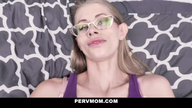 Hot Skinny Stepmom Grabs Her Stepsons Cock 7