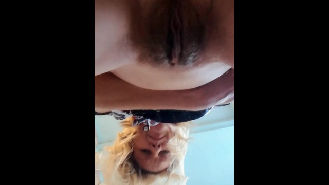 MY PEEING PUSSY CLOSE UP / MILF LONG PEE / EXCLUSIVE CLOSEUP PISS VIEW / HAIRY PUSSY PISSING 25