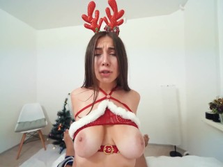 18 Years Beauty Girl Gets sex for XMas and cum mouth – Dickforlily