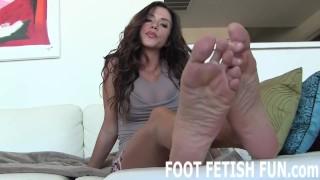 Foot Worshiping Fetish And POV Feet Porn