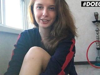 DoeGirls - Sienna Kim Petite Ukrainian Fingers Her Wet Pink Pussy At Home