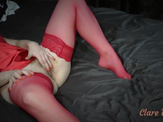 I relax at home with my favorite pussy game. Watch me ! – ClareWillis