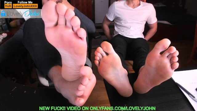 Mens feet straight male toes