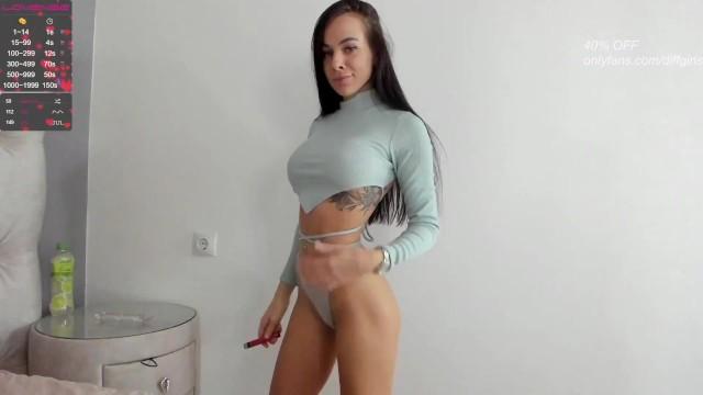 sexy girl show body 8