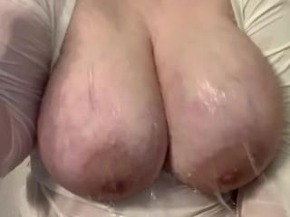 Tits under running water...