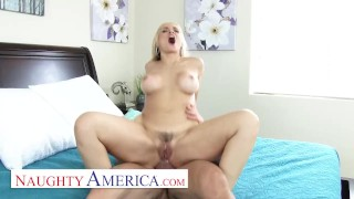 Naughty America - Sarah Vandella Gets her Cannoli filled up with cream