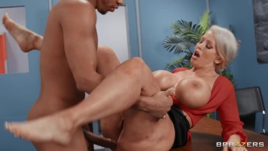 Brazzers – Buxom Milf Alura Jenson Deepthroats And Gets Plowed Hard By Her Student's Huge Black Cock