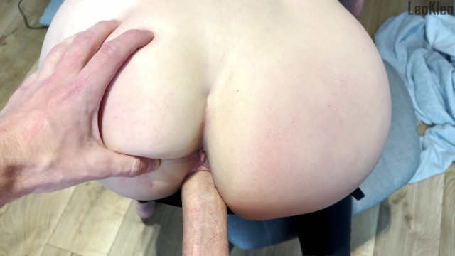 Street pickup: Girl gives a blowjob and fucks for an iPhone. KleoModel 49