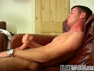 UK amateur Karl does an interview where he jerks and cums