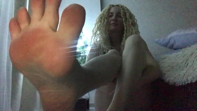 Happy New year, feet lovers! Pump your dicks for my big bare soles and cum! 13