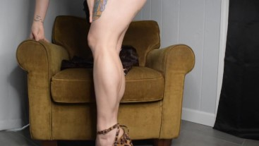 First Calf Muscle JOI of 2021 in Leopard Heels