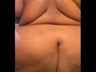 Naked twerk...