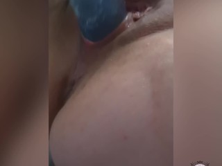 HOT MILF FUCKS LARGE DILDO FOR THE FIRST TIME