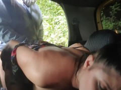 MartinaSmith pays her taxidriver with her pussy