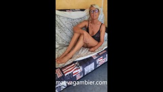 TRAILER - SQUIRTING WOMAN WHO CUMS LIKE A CRAZY FOR CHRISTMAS