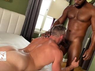 Cutler Breeds Tight Ass Muscle Bottom