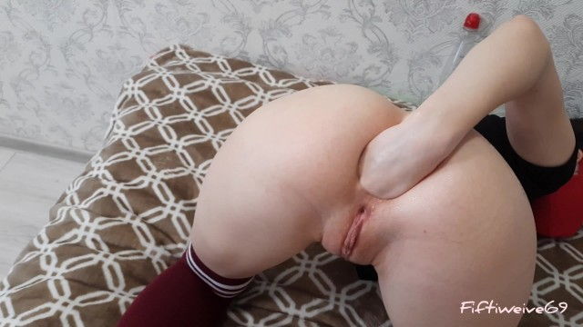 Anal training, fisting and prolapse from FIFTIWEIVE69