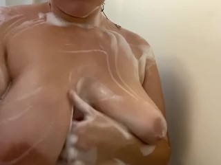 Young Mom Rubs Soapy Tits in Shower
