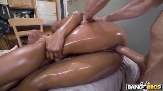 BANGBROS - Preston Parker Gives Busty Black Babe Sarai Minx The Special Fucking Treatment