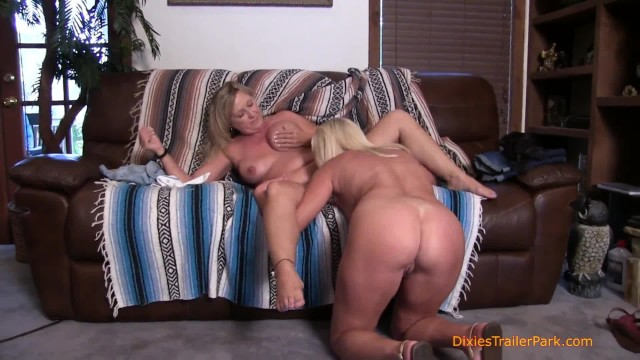 A MILF Licking Pussy, Gets the Orgy Started