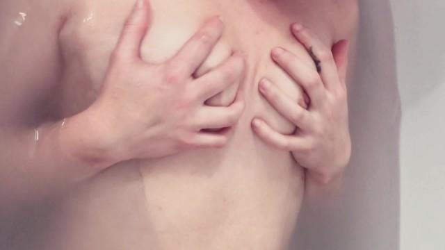 ¿Cómo usar el succionador de clitoris? - Orgasmo - Ducha con final feliz 17