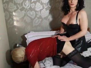 Mature tranny telling a subbie tv sissy what...