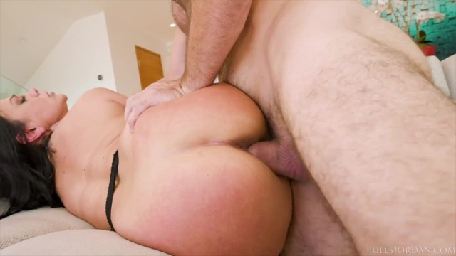 Jules Jordan - Monster Booty Mona Azar Makes Her Ass Clap On Manuels Balls