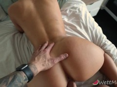 Cumming twice on my boyfriends cock before he creampies me
