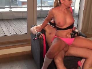 Pornstar fanfuck with horny Blonde Sonja World