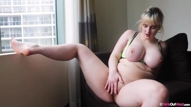 Big Tits Blonde Teen Webcam