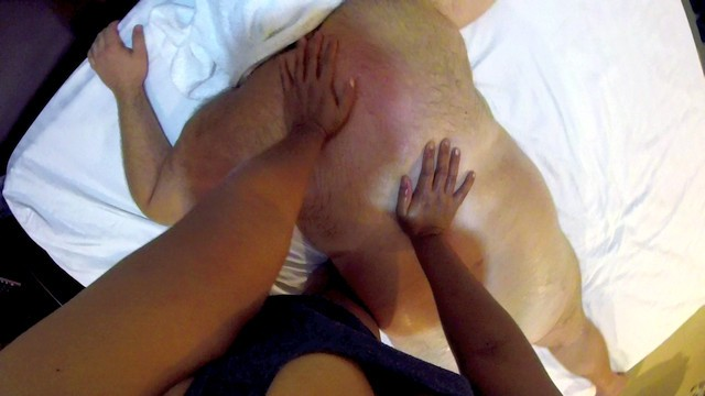 Amateur Full Body Erotic Oil Massage with Happy Ending POV on Chubby Bear