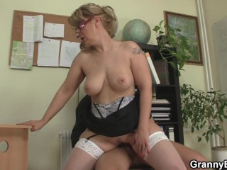 Hot office woman in stockings rides his big dick