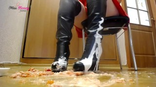 Filthy boots tomatoes and cream squashing