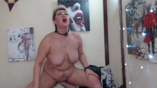 Dance of a mature whore on her husband's fist & other orgasms of a depraved mature Russian bitch ))